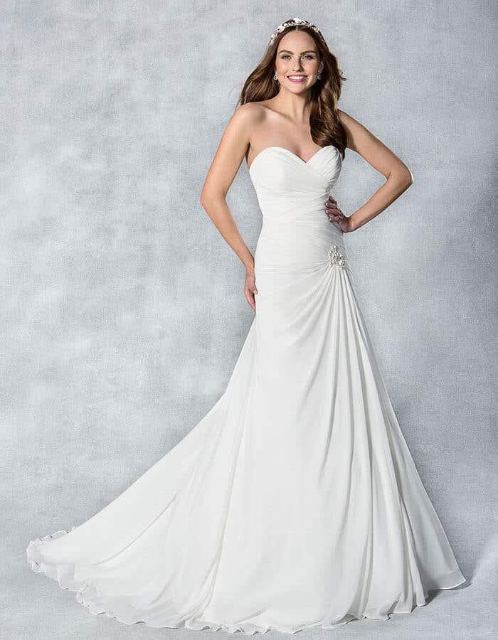 SASSI - Een zacht gedrapeerde a-lijn jurk