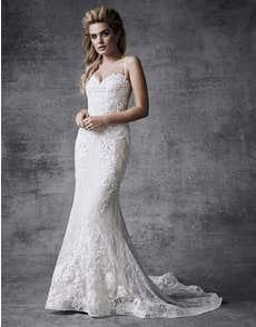 SKYLA - an elegant mermaid dress