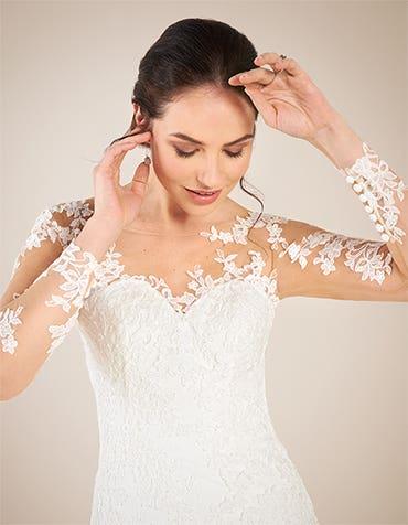 Sophia fishtail wedding dress front crop Anna Sorrano th