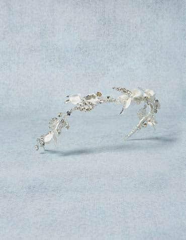 Trinity bridal headband detail Amixi th