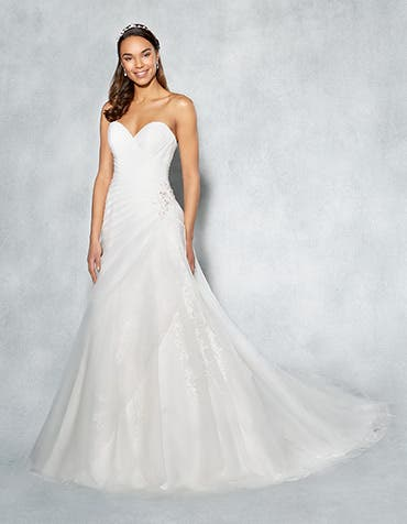 Yasmin aline wedding dress front Viva Bride th