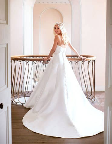 aden aline wedding dress back edit anna sorrano th