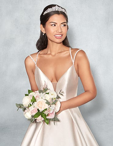 AMBER - a contemporary ballgown