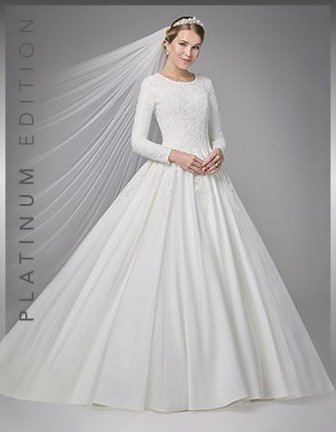 antoinette ballgown wedding dress front anna sorrano th