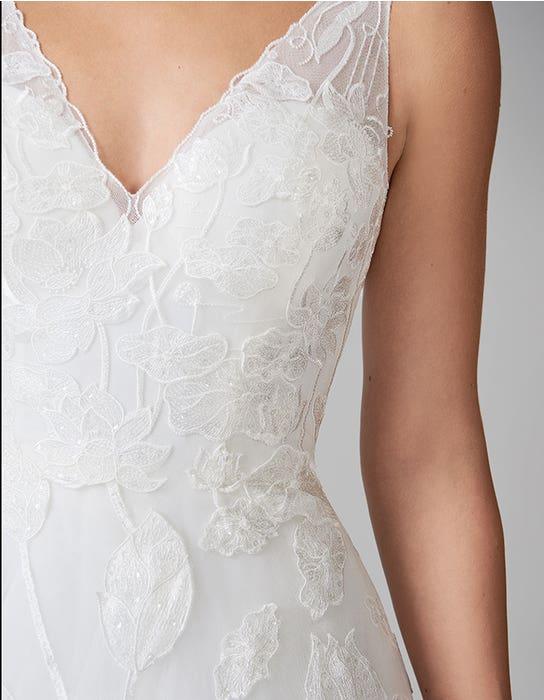 aster_aline_wedding_dress_front_detail_anna_sorrano