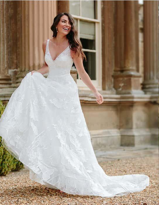 aster aline wedding dress_front edit anna sorrano