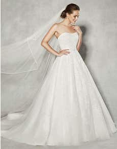 BROOKE - a romantic strapless gown