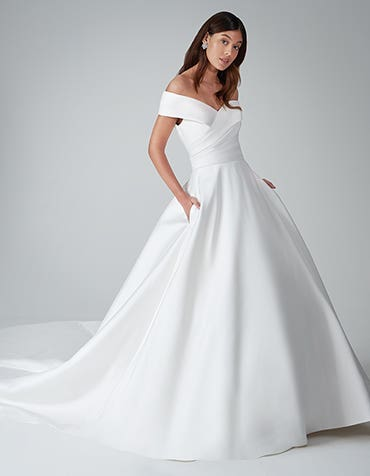 cambridge ballgown wedding dress front anna sorrano th