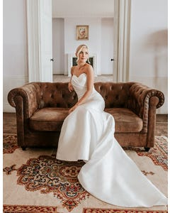 annette fishtail wedding dress_20front edit anna sorrano th