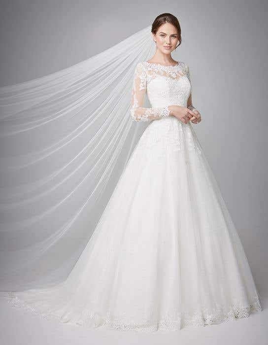 Long Sleeved Wedding Dresses.Camilla