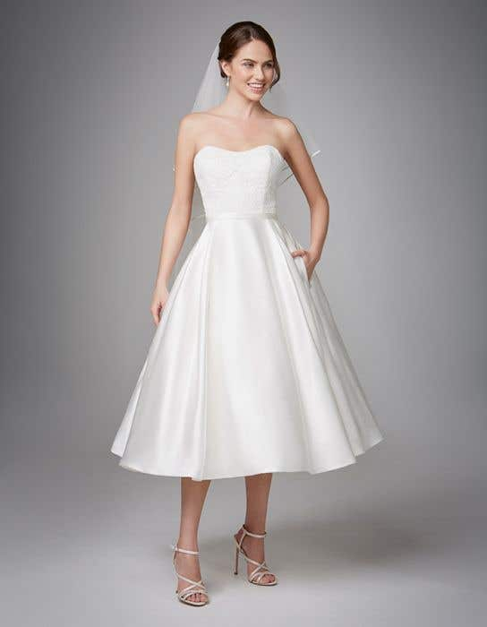 903865914e50 Anna Sorrano - Saskia short wedding dress - WED2B