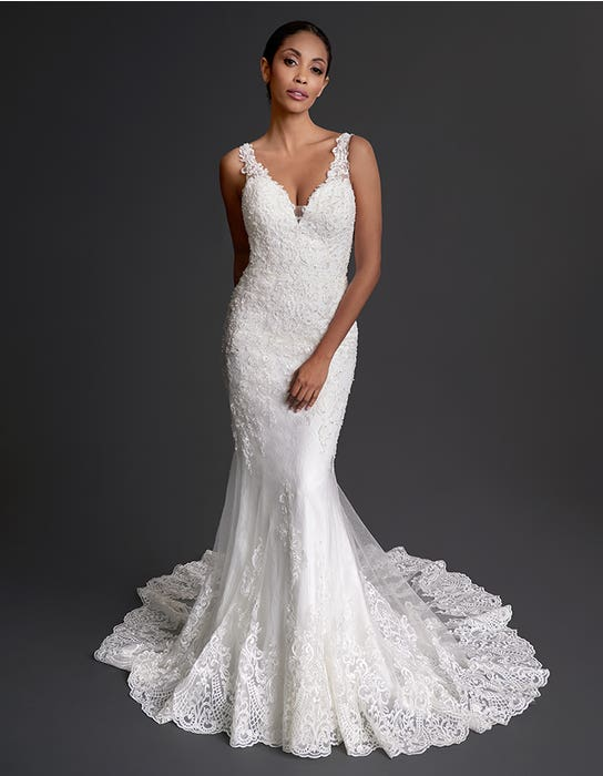 Denver - een statement sierlijke kanten bruidsjurk | WED2B