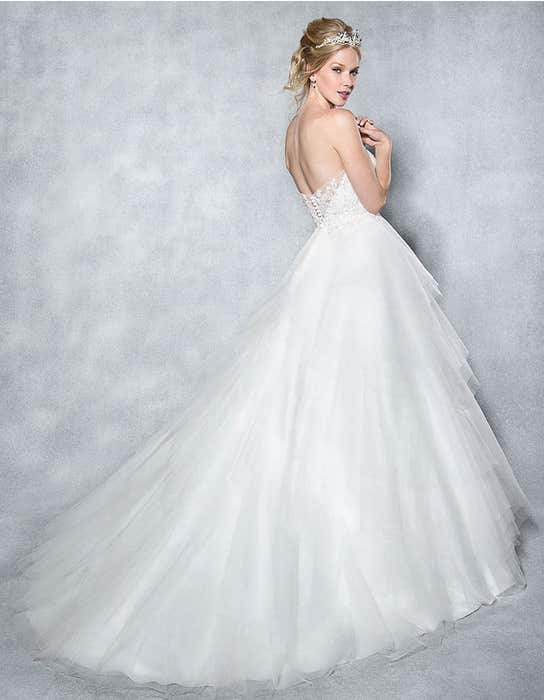 elsa_back_viva_bride