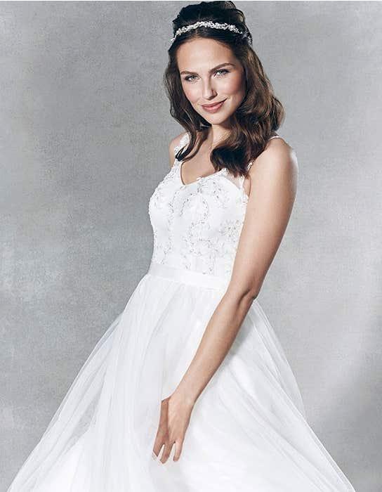 estee_front_crop_viva_bride