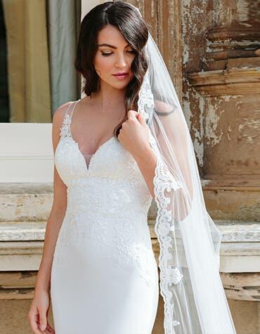 henri sheath wedding dress back edit signature th
