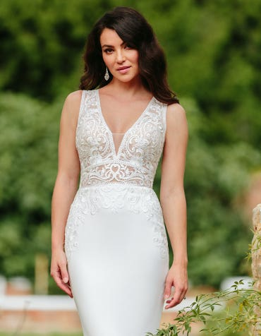 Logan - a striking bridal gown