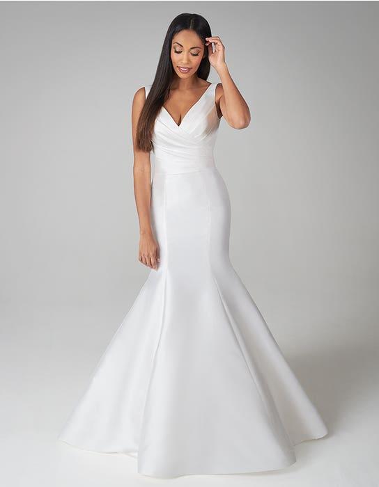 magnus fishtail wedding dress front anna sorrano