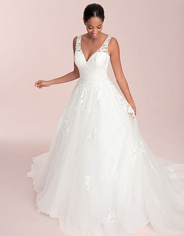 Maison - a modern ball gown with keyhole back