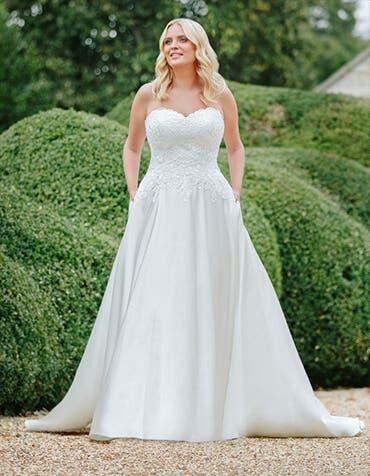 mercy aline wedding dress front edit anna sorrano th