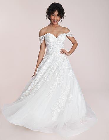 Morgana - a dreamy sparkling wedding dress