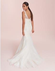 Natalie - Ein reich verziertes Brautkleid im Fishtail-Design