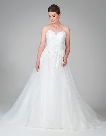 nina aline wedding dress front anna sorrano th
