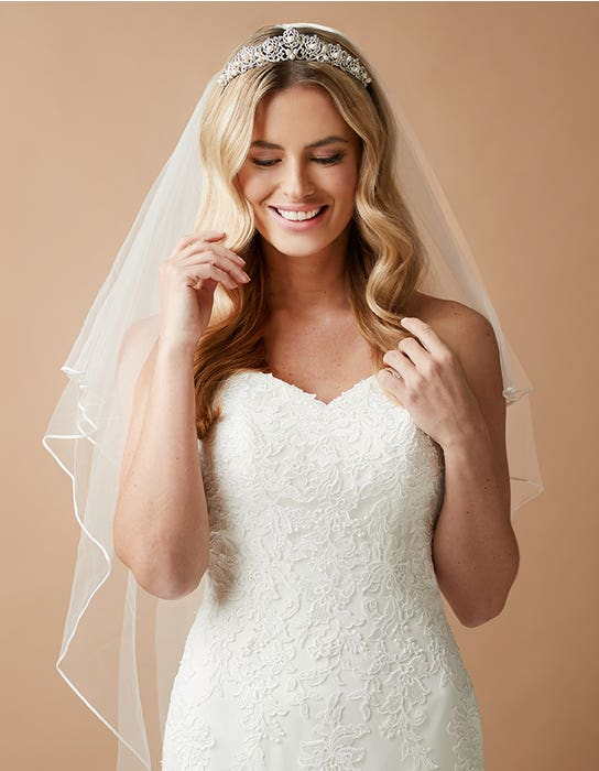 perla_tiara_loulou_wedding_dress amixi