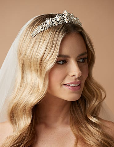 PERLA  - a sophisticated tiara featuring crystals and pearls