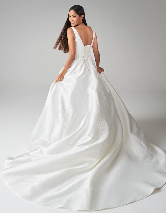 rosalynn aline wedding dress back anna sorrano