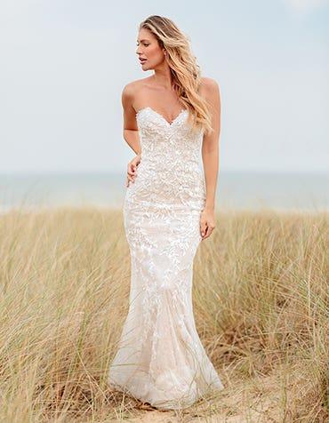 Rylie - une robe de mariée fourreau étincelante