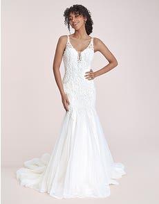 Santiago - a statement lace fishtail gown