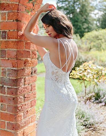 Stockton - une robe de mariée fourreau d'inspiration vintage