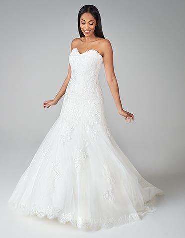 Suzette - a charming fit & flare wedding dress