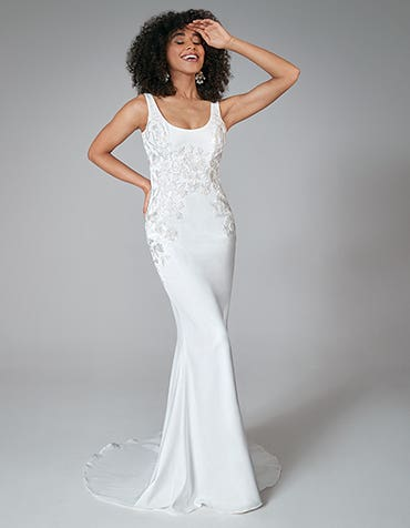 Una - a chic sheath gown