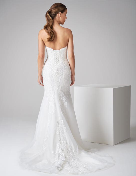 zelda fishtail wedding dress back anna sorrano