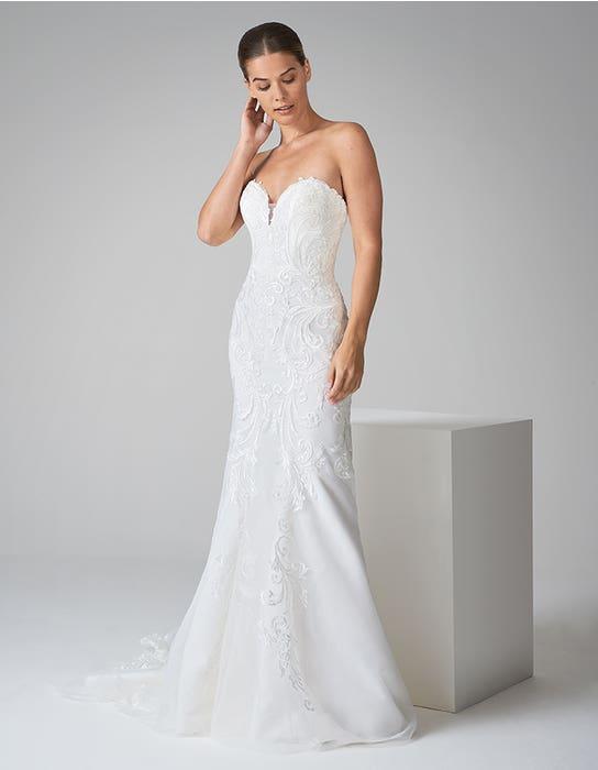 zelda fishtail wedding dress front anna sorrano