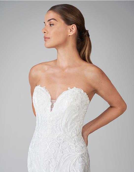 zelda fishtail wedding dress front crop anna sorrano