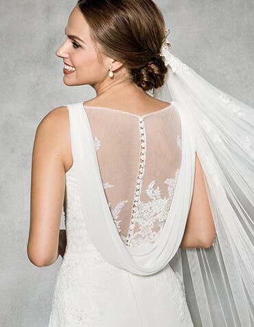Beautiful beach wedding dresses at WED2B