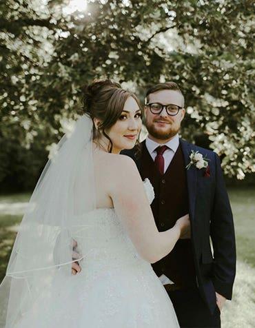 Jack And Emily's Elegant Barn Wedding