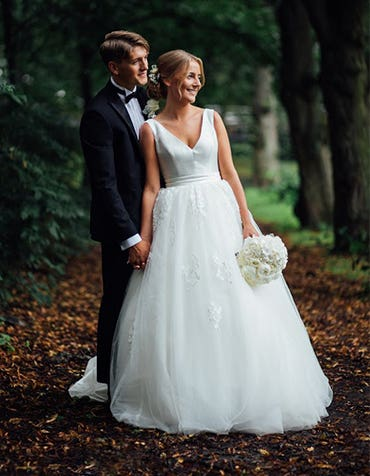 Real Weddings: Helené and Simen's stunning wedding abroad