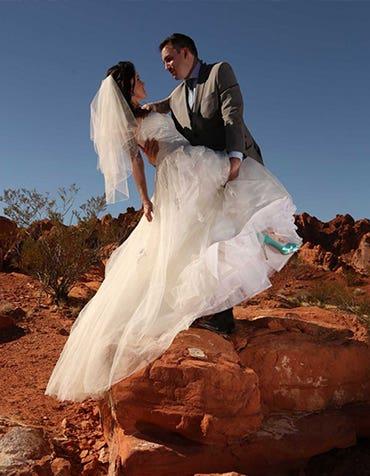 Laura And Jason's Las Vegas Wedding