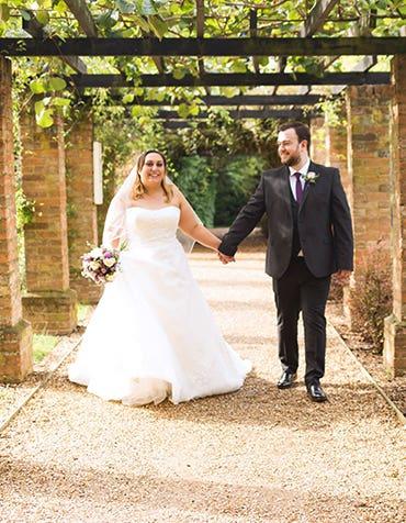 Real Weddings : Laura and James' fabulous wedding day