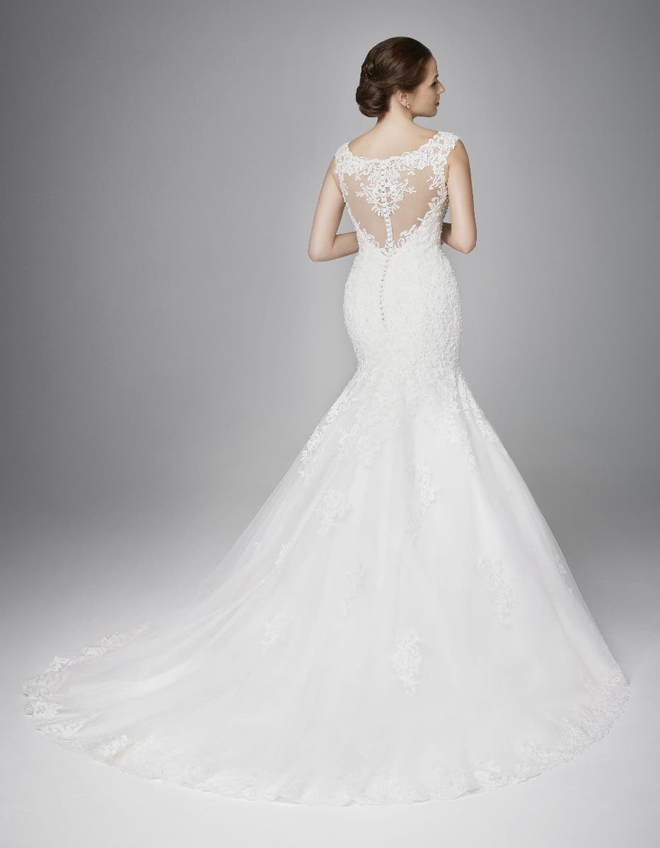 Stunning classic wedding gowns
