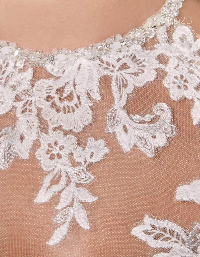 Detail view of romantic wedding dress Camden