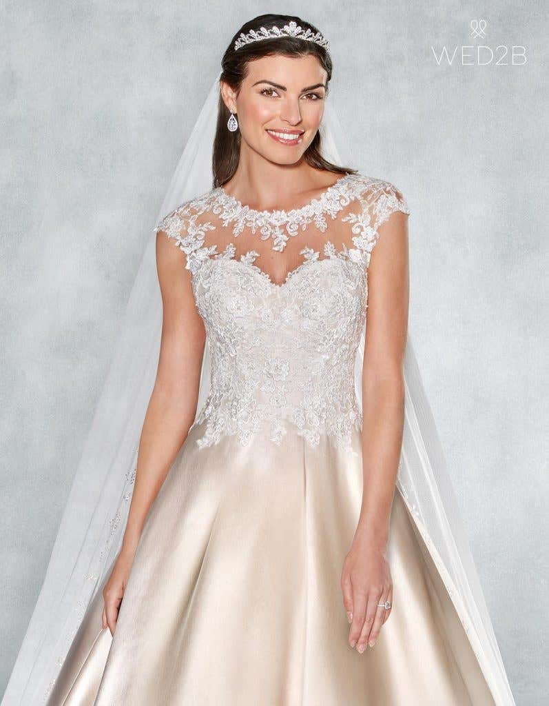 Front crop view of romantic wedding dress Lucia