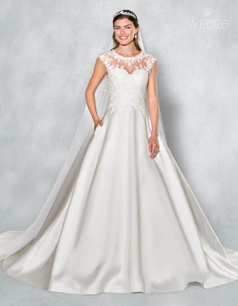 Front view of romantic wedding dress Lucia