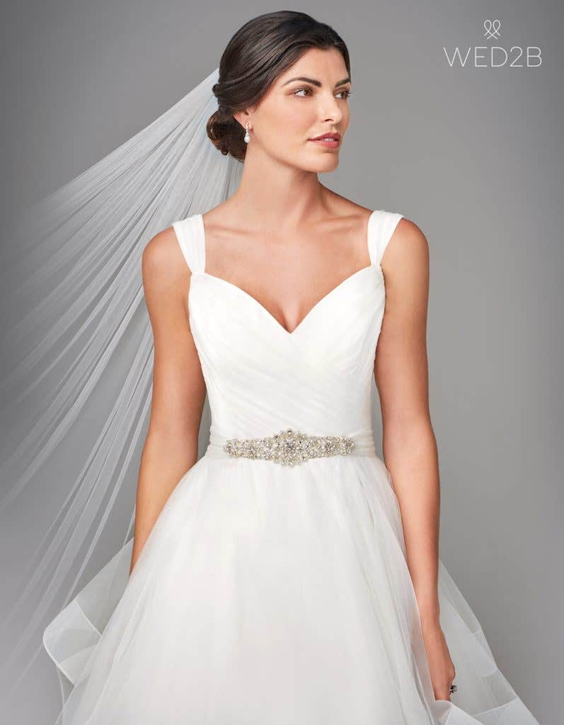 Front view of pleated wedding dress Elise by Anna Sorrano with accessories