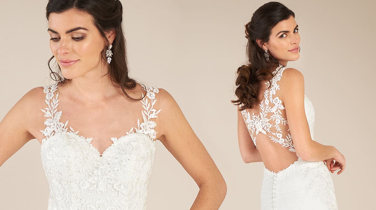 The perfect sweetheart neckline dress