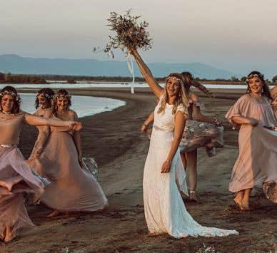 Real Weddings Bristol: Roxanne and Joshua's boho safari wedding