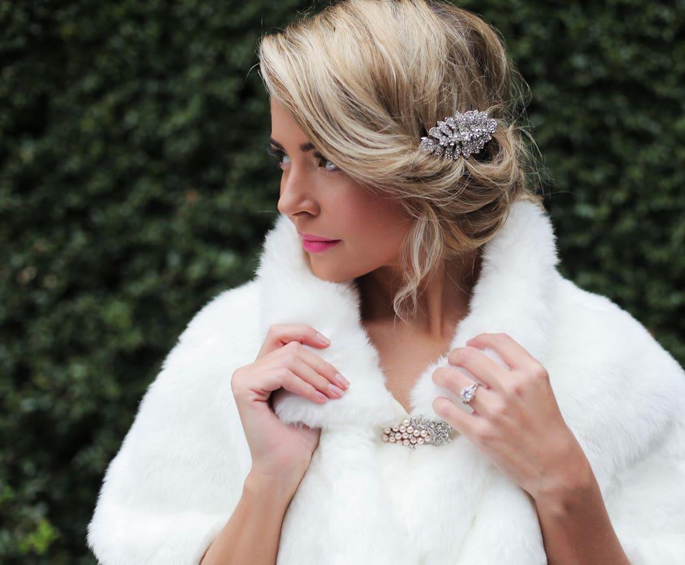 Accessories – Faux Fur Wraps